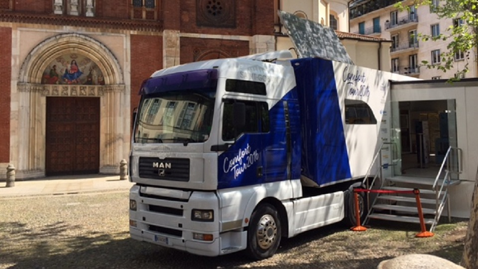 Truck Saint Gobain Fuori Salone